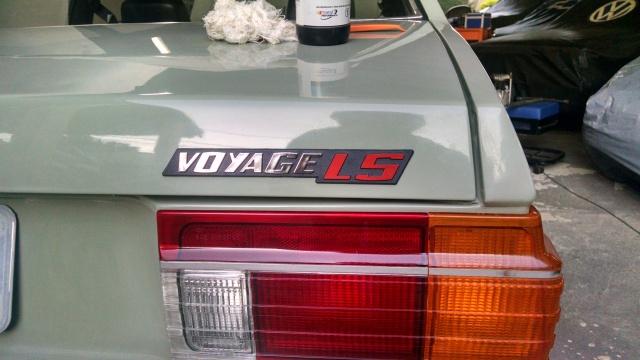 Lanternas corretas do 1982 e logotipo correto, com o LS vermelho.